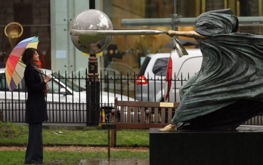 مشهورترین مجسمه ها و المان های شهری جهان